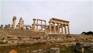 The temple of Athena Aphaia: the south (long) side